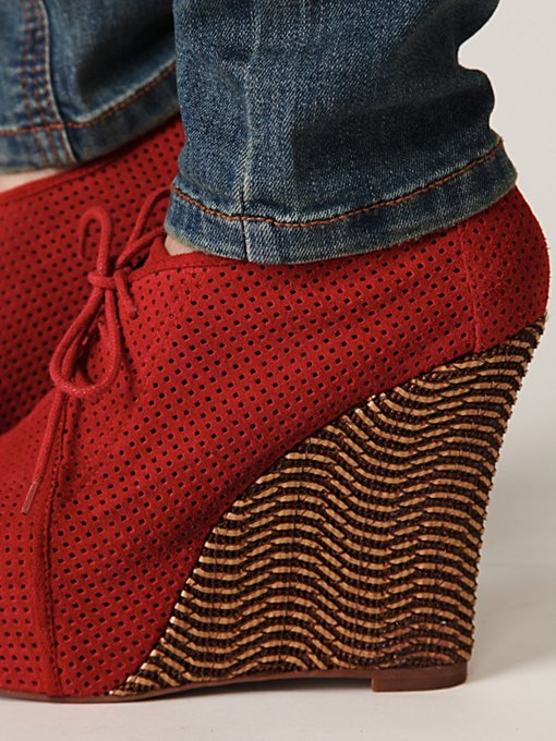 Congo Perforated Wedge
