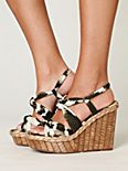Bacoli Wedge