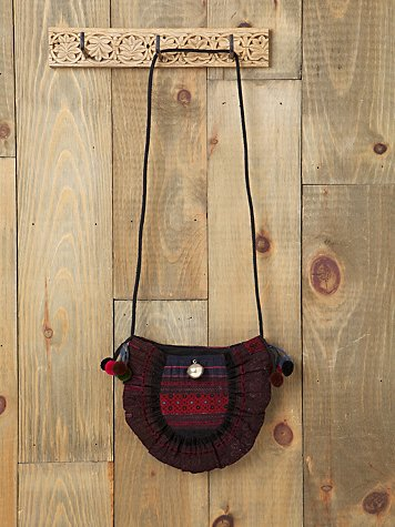 Yukimi Embroidered Crossbody
