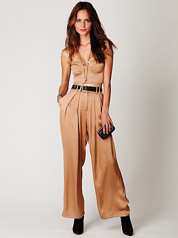 Shakuhachi Pleated Wideleg Pant
