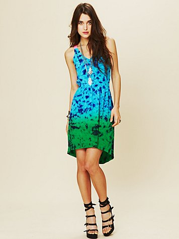San and Soni Edgewater Dress