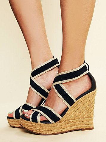 MIA Nantucket Wedge