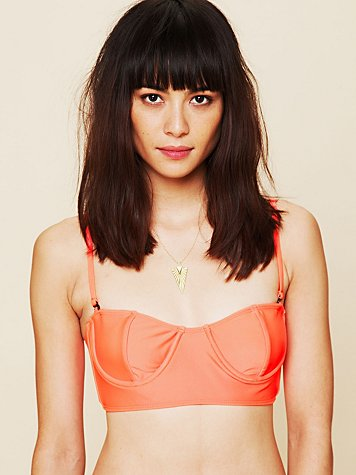 Tavik Solid Underwire Crop Top