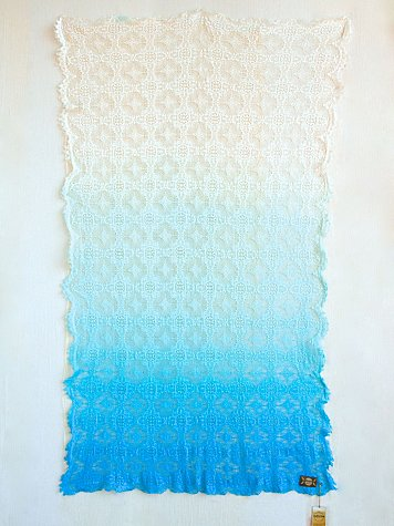 Dip Dye Lace Throw