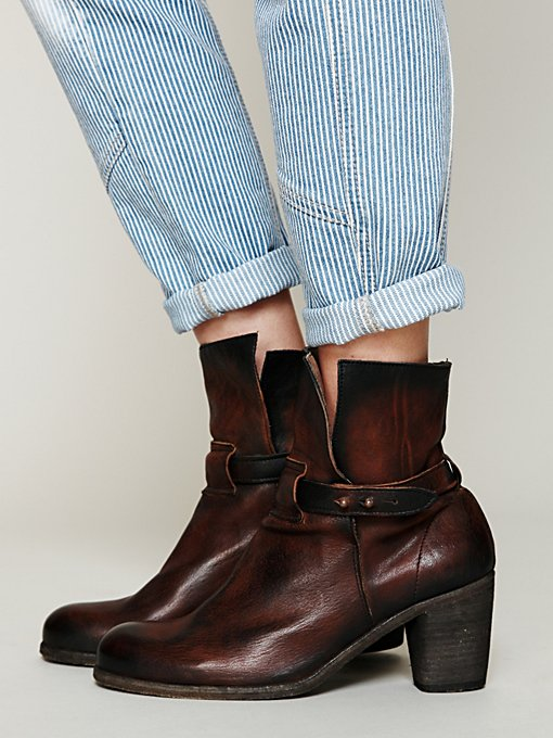 Spellbound Ankle Boot in Walking-in-a-Winter-Wonderland