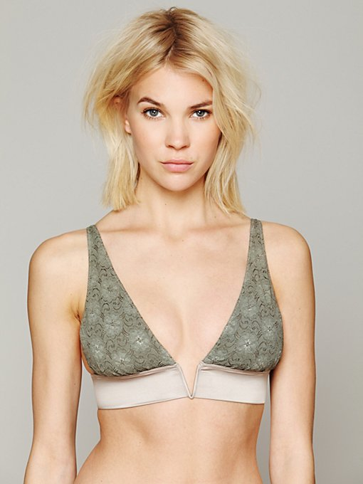 Intimately  Free People V-Wire Bra in lace-bras