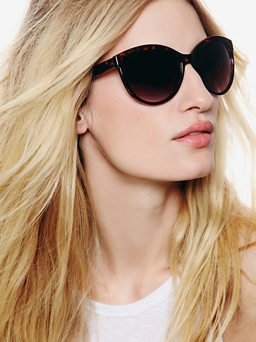 Vixen Sunglasses in accessories-sunglasses