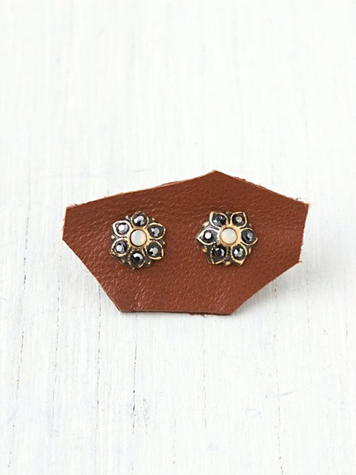 Stone Flower Stud in boutique-rings-earrings