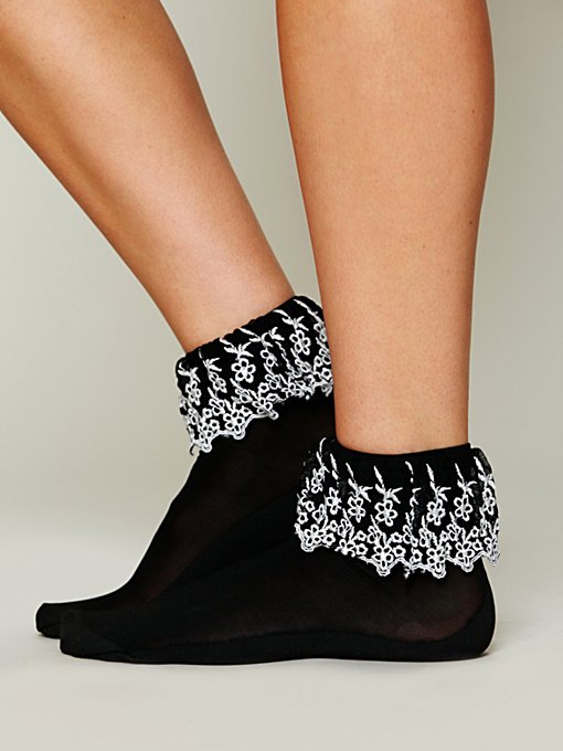 Lacefall Anklet in accessories-legwear-ankle-socks